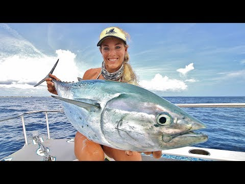 Florida Offshore Fishing & Trolling For Blackfin Tuna (ft. Lures That Actually Catch Fish)