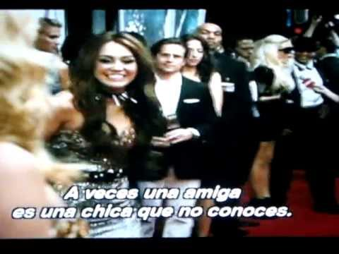 miley cyrus en sex and the city 2