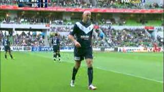 Kevin Muscat gets sent off vs Adelaide United 8th January 2011