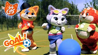 44 Cats   Let's play Football with the Buffycats!
