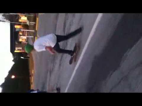 ROLL UP team skateboard