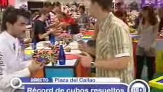 Récord Guinness de cubos de Rubik en una hora