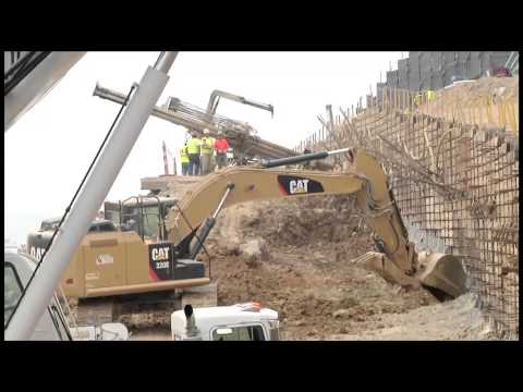 Wright Brothers Working With Cat® Excavators