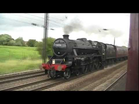 70013 Oliver Cromwell and Black 5 44932 'The Scarborough Spa Express' 30.08.11.wmv