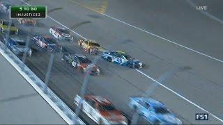 Monster Energy NASCAR Cup Series 2017. Kansas Speedway. Restart Crash