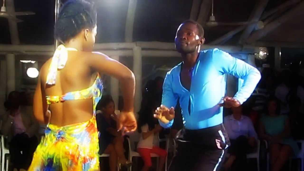 """KIZOMBA NATION, """"""""le lycee"""" by bopol"""" show in Chá de"""