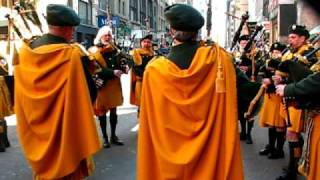Newport Ancient Order of Hibernians Pipe Band warm up for NYC St. Patrick