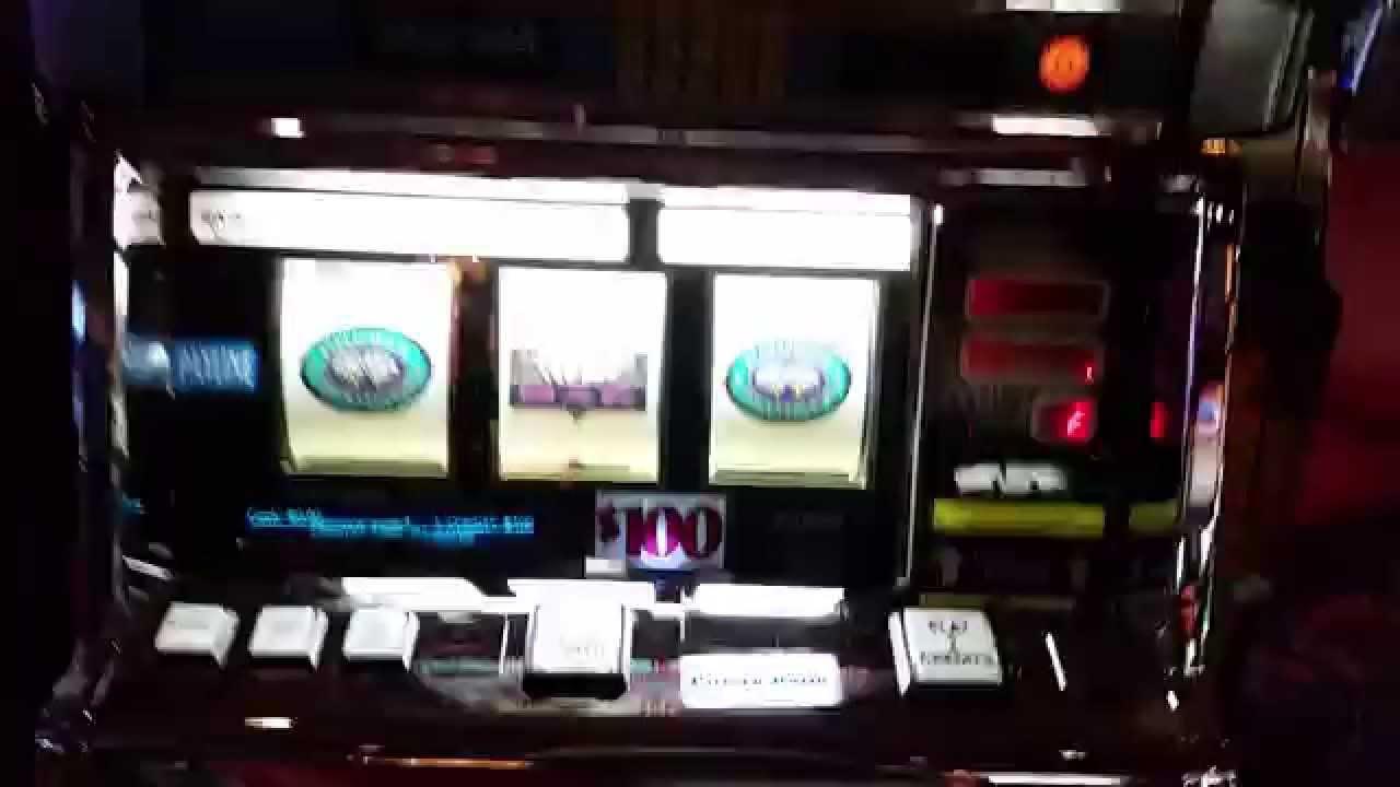 Diamond Jackpots Slot Machine