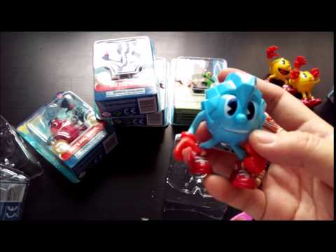 Unboxing Pacman from Bandai