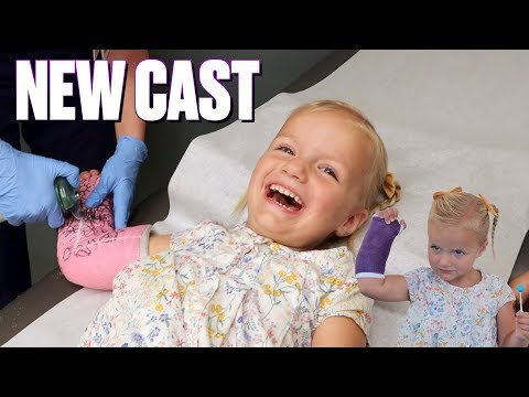 TODDLER WITH BROKEN ARM GETS HER CAST OFF | CAST REMOVED FROM ARM WITH TWO BROKEN BONES