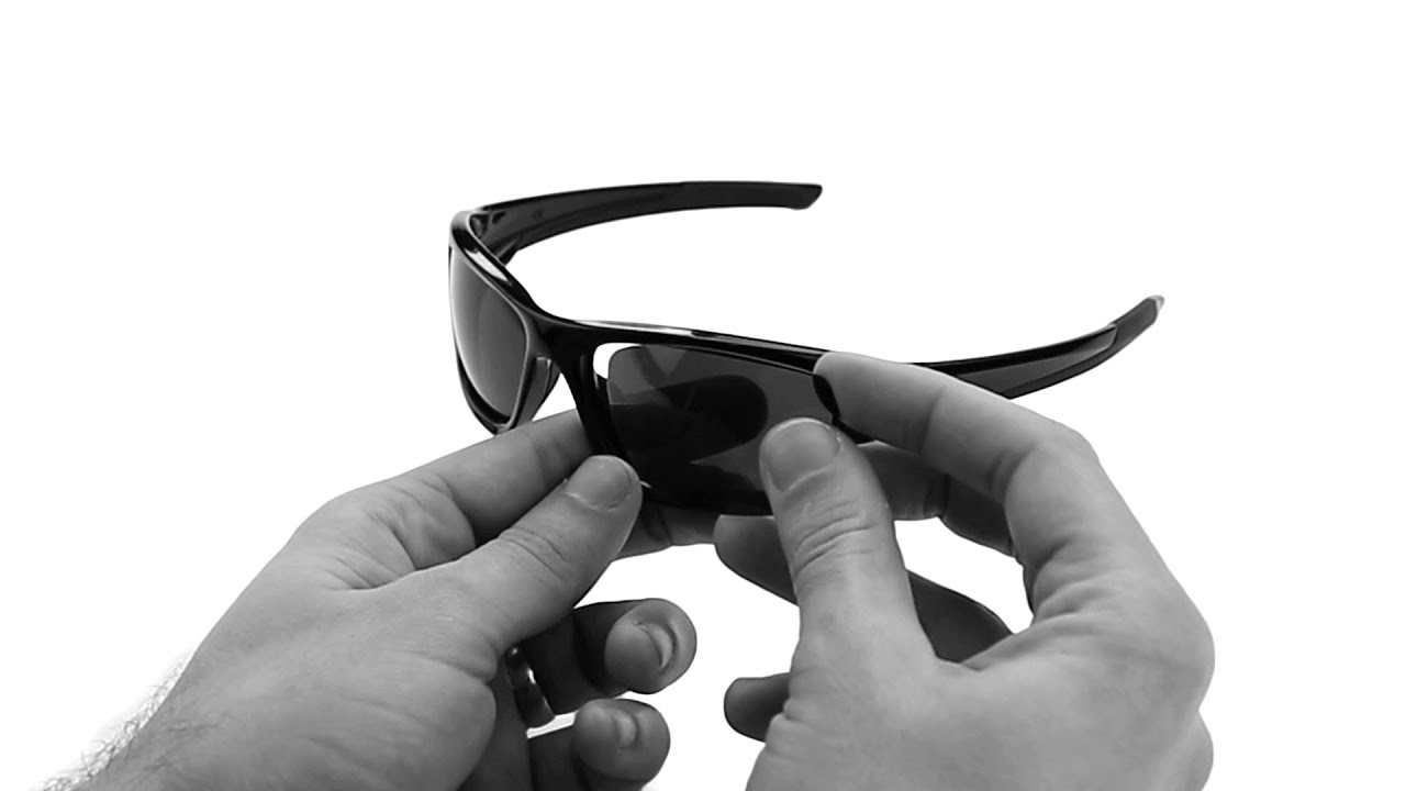 1596dcdfff6 Oakley Valve Lens Replacement   Installation Instructions - YouTube