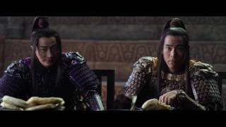 بالفيديو- مات ديمون يحارب التنانين في فيلم The Great Wall.. وانتقادات بسبب بشرته البضاء