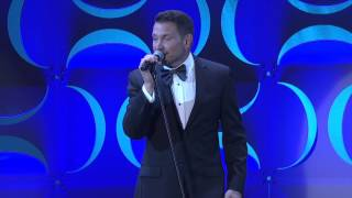 Ty Herndon sings moving cover of Miley Cyrus's