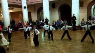 Бальные танцы 2 год обучения 14.11.2013 конкурс на открытом уроке самба
