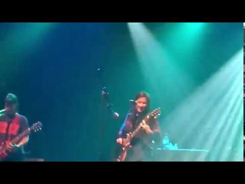 The Breeders: Gigantic, Saints live at the Electric Ballroom Oct 18, 2017