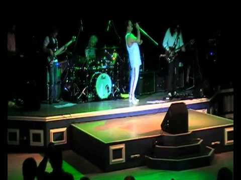 Scaramouche - I Want To Break Free (Queen Tribute Band)