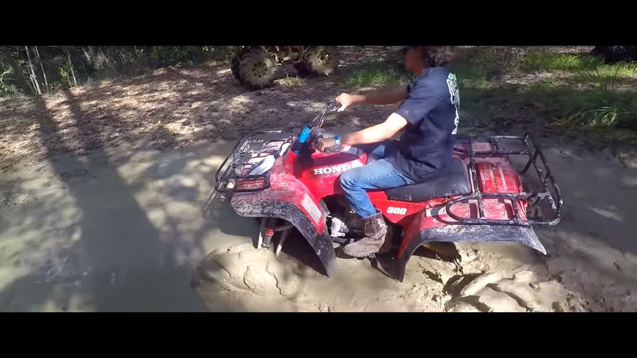 Honda 300 on portals and a 300 with 10` Lift at Tower Trax