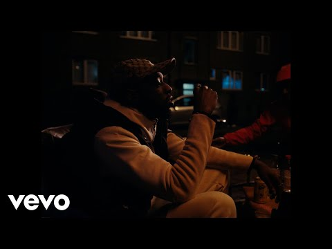 Youtube: Bakari – Jamais (Clip officiel)