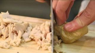 """Рубрика """"Особое меню"""": салат с языком и курицей"""