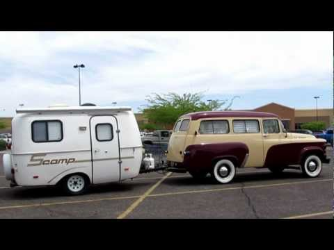 Dodge D100 Town Wagon w Scamp