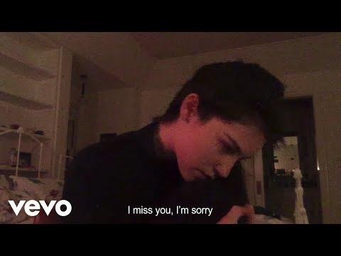 Gracie Abrams - I miss you, I'm sorry (Lyric Video)