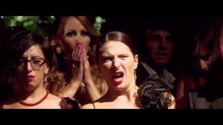 видео Великая красота (2013) смотреть онлайн или скачать фильм через торрент. Трейлеры, правдивые оценки, рецензии, комментарии, похожие фильмы, саундтрек, новости и интересные факты на Fast-torrent