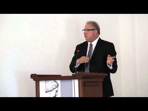 "Douglas French - The ""Independence"" of the Central Bank (PFS 2014)"