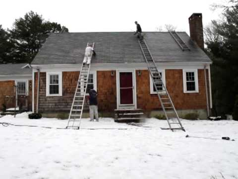 Roof Cleaning And Soft Wash Of A Roof And White Cedar