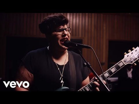 Alabama Shakes - Don't Wanna Fight (Official Video - Live from Capitol Studio A)