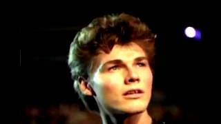 a-ha - Cry Wolf (Subtitulado al español) (Video Original) HD