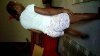 Shonye,Shannia,Daywanda Dancing
