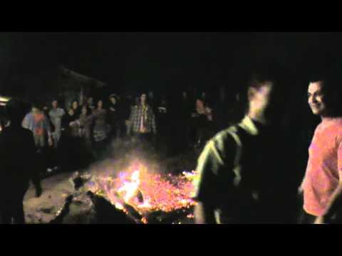 quadrilha do gininho passando na fogueira