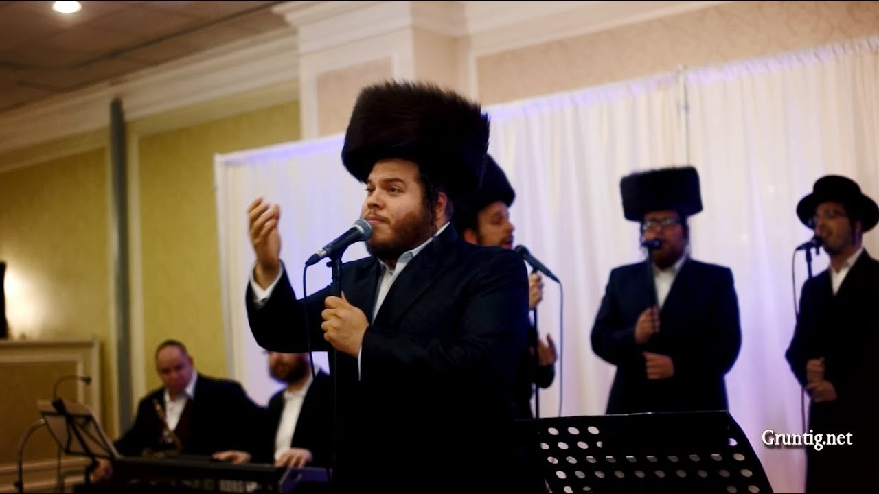 """Kadosh"" Levy Falkowitz & Shira Choir    ״קדוש״ לוי פולקוביץ ומקהלת שירה"