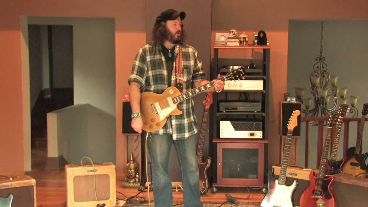 Fender S Tweed Deluxe Amplifiers