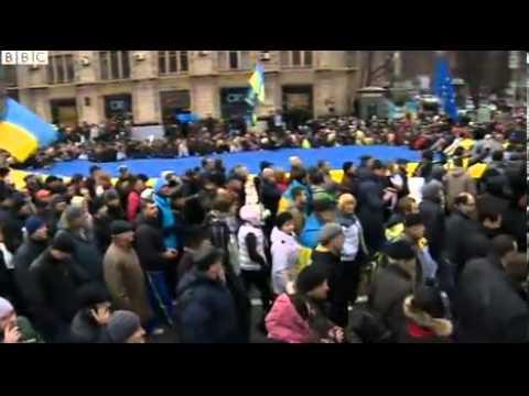 Ukraine protest against U turn on EU