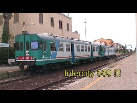 Intercity con D 445 e ... ALn 668 sulla Ferrovia Jonica