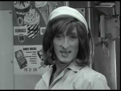 Ryan Davies - 1965
