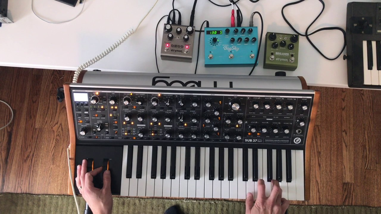 Moog Sub 37 Editor Demo - YouTube