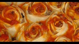 Манты розы.  Турецкая кухня.