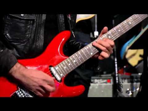 Joe Satriani Surfing With The Alien on Arsenio Hall Show
