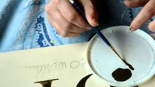 How To Paint Small Script Letters On Signs