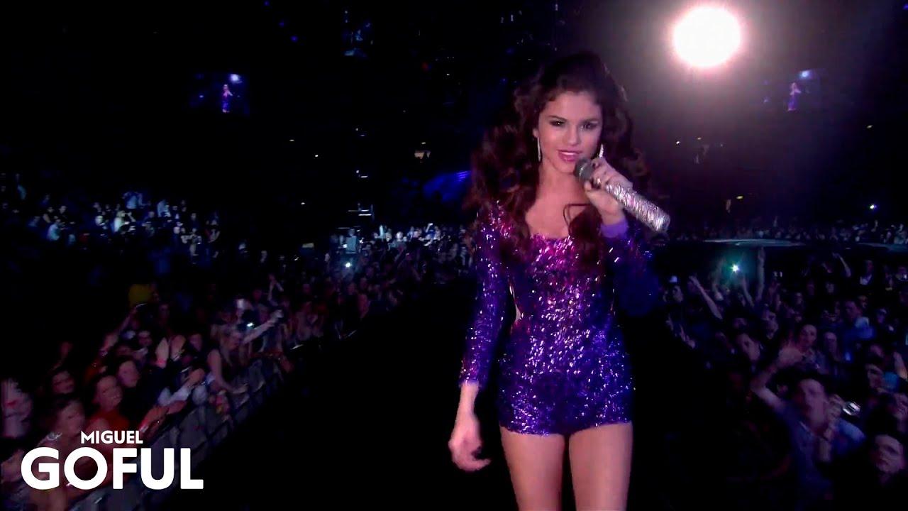 Download Selena Gomez - Hit The Lights (MTV Ema)