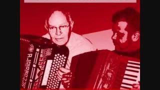 De Smokkelaar - Toon de Migra en René van Rooij.wmv