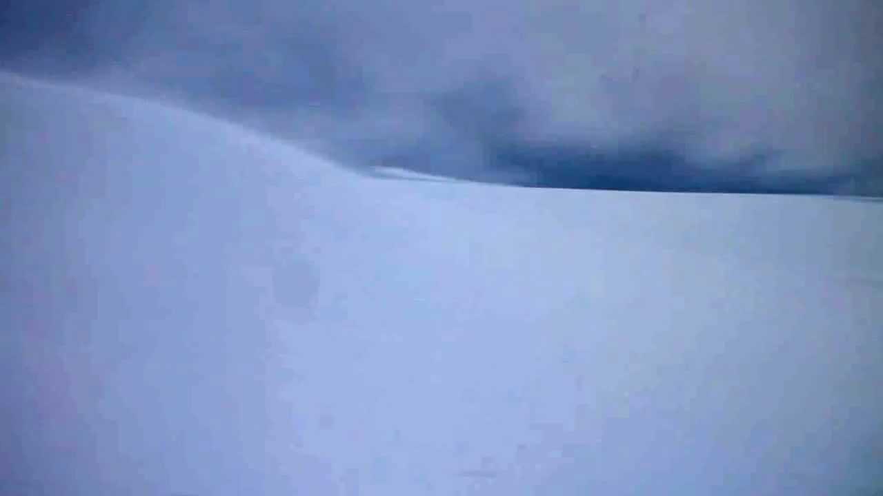 Tempesta di neve al monte Camino - YouTube