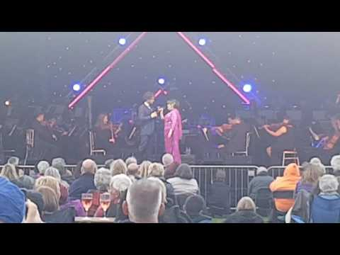 Lee Mead & Susan Boyle - All I Ask of You - Glamis Prom 2017