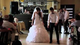 первый танец Никита и Елена(не судите строго):-))).mp4