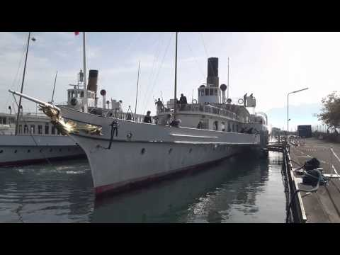 Vapeur LA SUISSE : départ du chantier naval 21.10.2012.mov