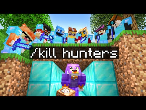 Download Minecraft Manhunt but I have CUSTOM COMMANDS