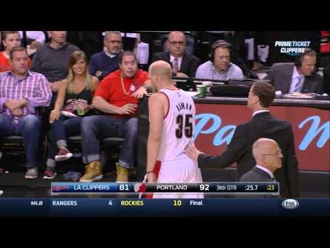 Chris Kaman shoves Chris Paul, LaMarcus Aldridge shoves Glen Davis: Clippers at Blazers