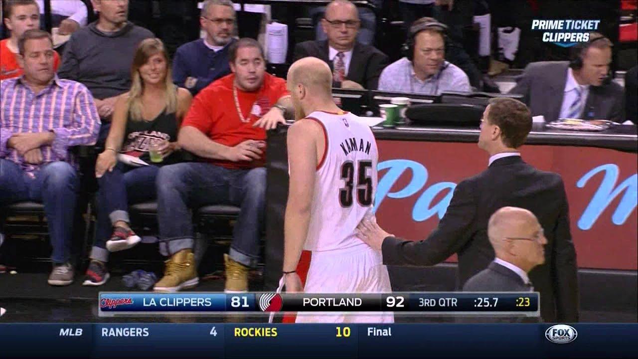 Chris Kaman shoves Chris Paul LaMarcus Aldridge shoves Glen Davis